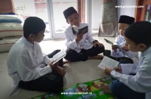 Anak Asuh Griya Yatim & Dhuafa Tadarus Al-Quran