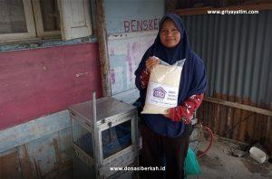Bantuan Sembako untuk Masyarakat Dhuafa