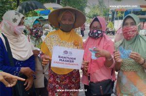 Cegah Penularan Covid-19 GYD Beri Bantuan Masker di daerah Surabaya