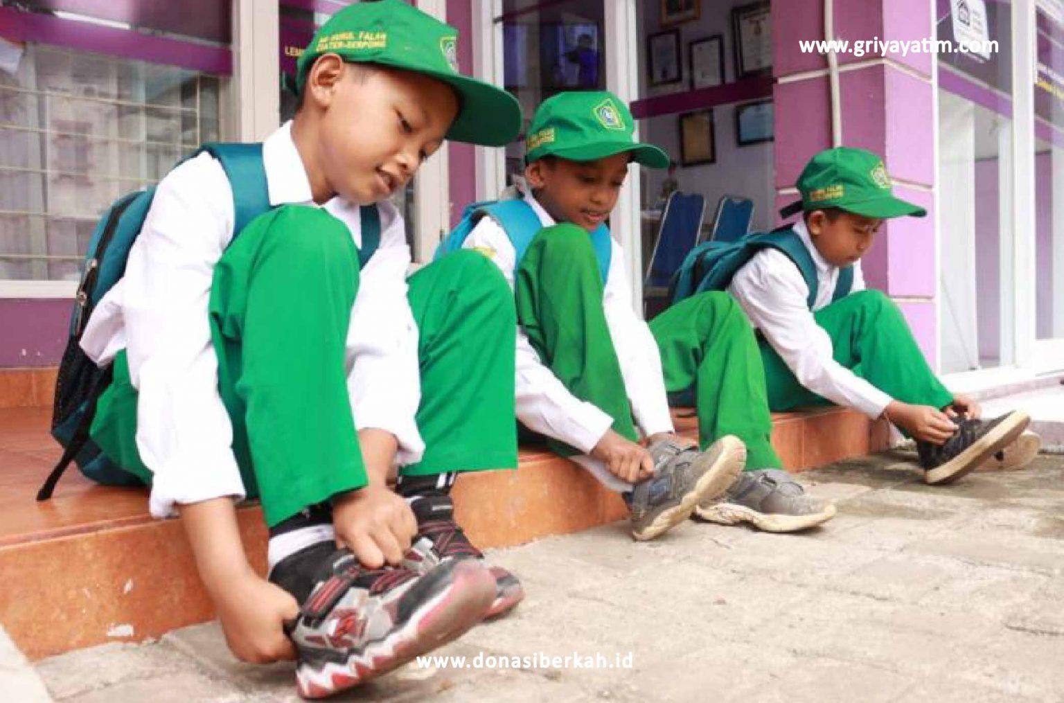 Bantu Pendidikan Yatim Dhuafa