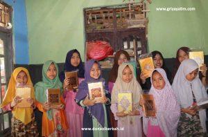 Bantuan Al-Qur'an Untuk Para Santri Nurul Hikmah