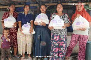 Bantuan Sembako Dhuafa Pesisir Tangerang