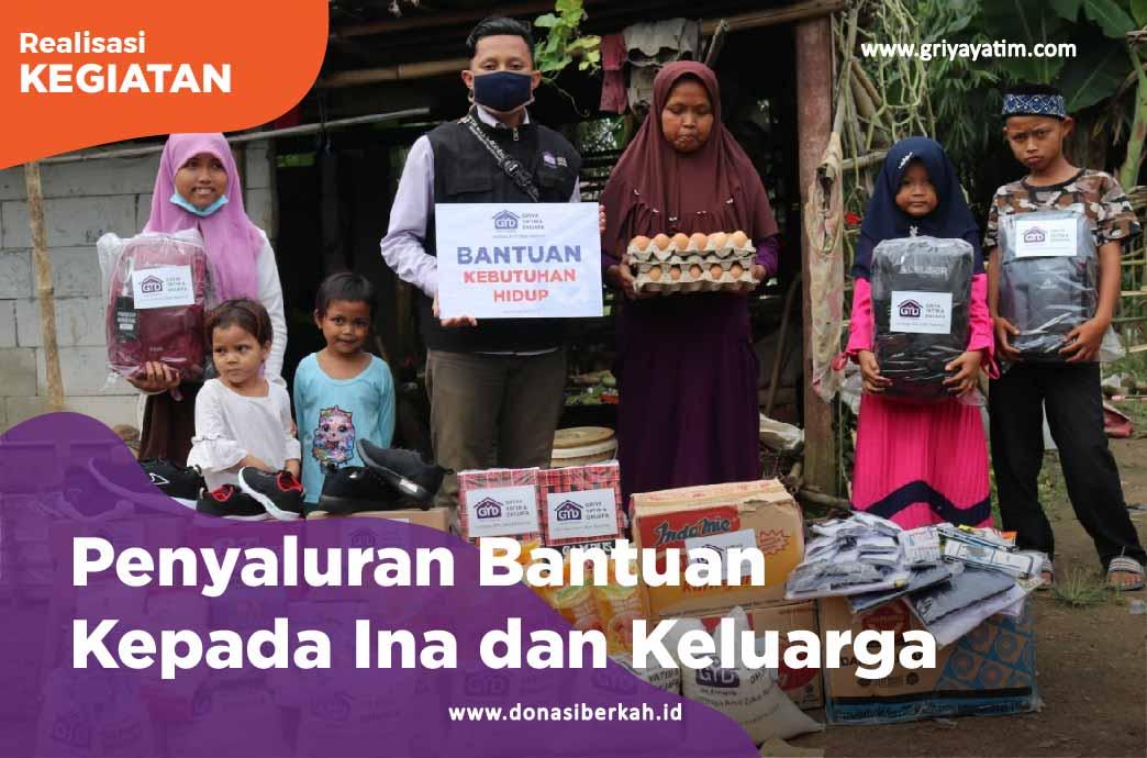 Penyaluran Bantuan Kepada Ina dan Keluarga