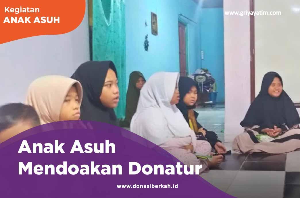 Anak Asuh Kemanggisan Mendoakan Donatur