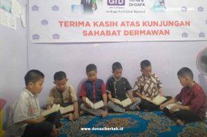 Membaca Surah Al-Kahfi Anak Asuh Tekno