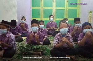 Anak Asuh Asrama Medan Doa Bersama